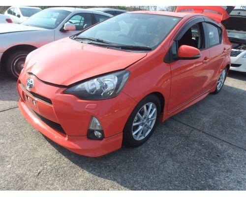 Передняя губа на  Toyota AQUA