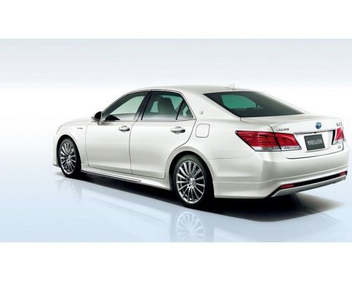 Задняя губа Modellista на Toyota Crown 210 кузов